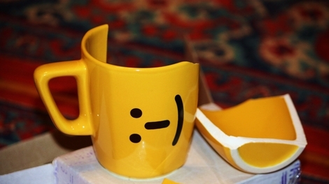 Гадание на разбитой чашке
